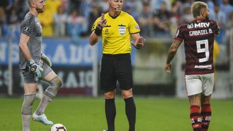 Juiz da final entre Flamengo e Palmeiras não traz boas lembranças ao verdão