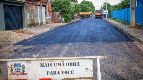 Ruas do Jardim Dourados recebem recapeamento