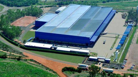 Justiça proíbe Metalfrio de demissão em massa de funcionários em Três Lagoas