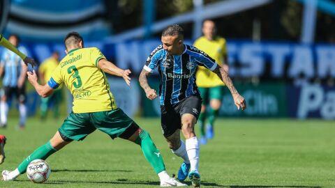 Jorge Jesus indica e Benfica e inicia conversas por Everton, do Grêmio