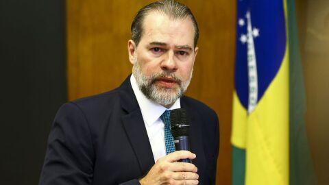 Dias Toffoli: presidente do STF é internado com pneumonite alérgica