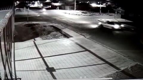 Vídeo: Motoqueiro procura por motorista que fugiu do local após provocar acidente