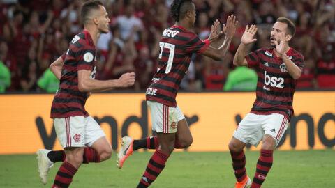 Atletas que testaram positivo para Covid-19 são liberados para enfrentar o Flamengo