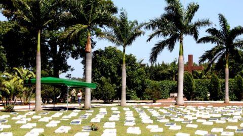 Decreto muda horário de funcionamento de cemitérios