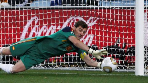 Ídolo do Real Madrid, Casillas anuncia aposentadoria aos 39 anos