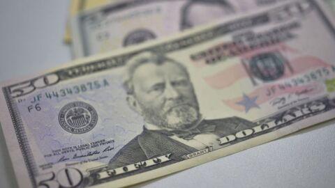 Dólar fecha em queda de 0,57% depois de encostar em R$ 5,40