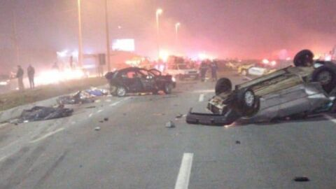Acidente envolve 22 veículos e deixa 8 mortos na BR-277 no Paraná