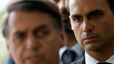 Eduardo Bolsonaro quer punição de deputado que comentou sobre dossiê