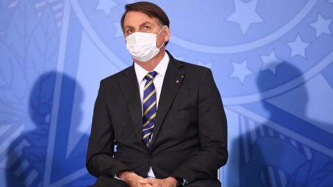 Bolsonaro se irrita com apoiadores que transformaram Alvorada em 'balcão de pedidos'