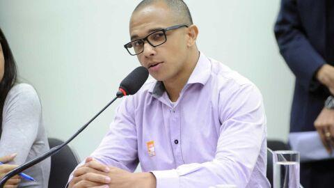 Deputado é condenado por danos morais por dossiê contra antifascistas