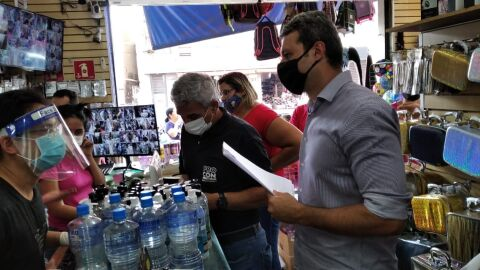 Procon encerra fiscalização com dez estabelecimentos autuados no centro da capital