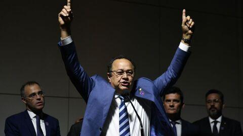 Bancada evangélica diz ter votos para derrubar veto de Bolsonaro