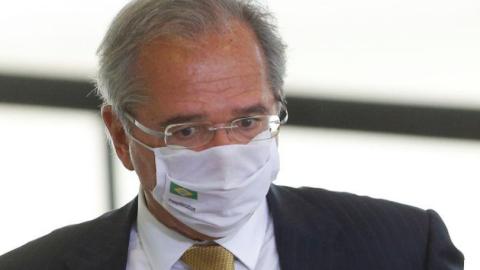 Guedes assume que vai criar 'nova CPMF' no Brasil