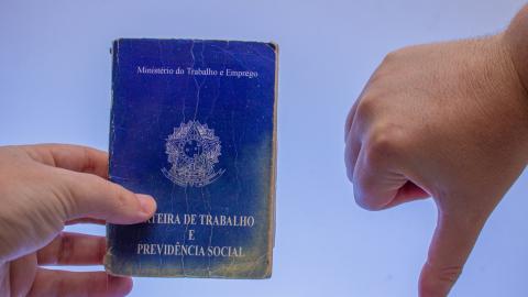 Histórico: Brasil bate recorde, são 13,1 milhões de desempregados