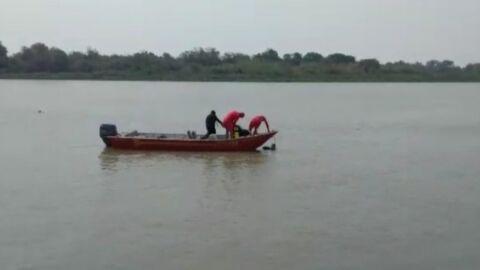 Corpo de menino que caiu no rio é encontrado pelos bombeiros