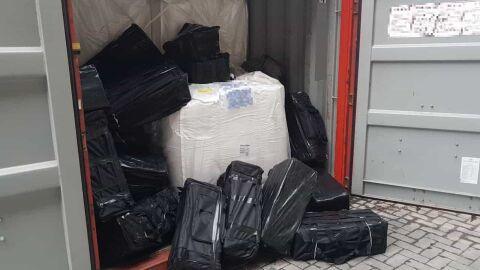 PF pega mais de 1,3 tonelada de cocaína após perseguições em SP