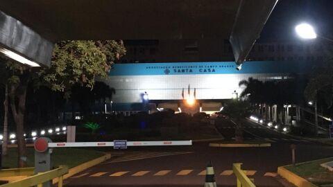 Menina de 7 anos é atingida dentro de casa com tiro no rosto no Tiradentes