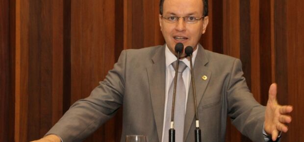 Líder do governo confirma tendência de PSDB de apoiar Mochi na presidência da Assembleia
