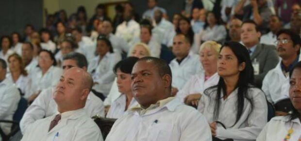 Termina hoje prazo para prefeituras se inscreverem no Mais Médicos