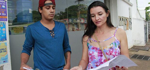 Kelly, líder do projeto relcama da dificuldade em contato com Fundac
