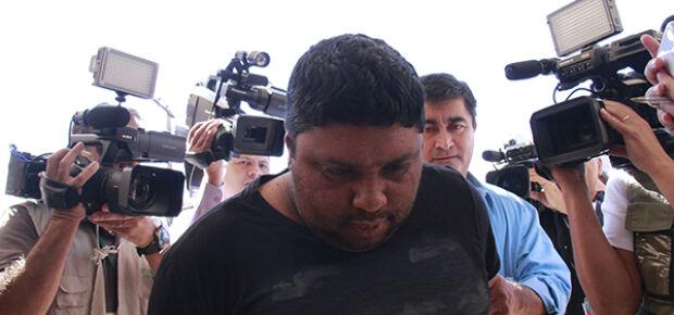 Fabiano chegando na manhã de hoje na DPCA para prstar depoimento/Foto: Wanderson Lara