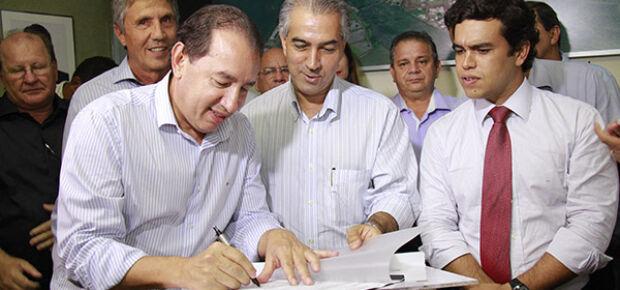 Azambuja autoriza pavimentação e reforma do Detran em Sidrolândia
