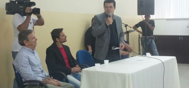 Prefeito anuncia que vai treinar clínicos gerais para atuar como pediatras/Foto: Leide Laura Meneses