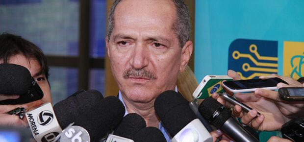 Ministro Aldo Rebelo avalia cenário político com naturalidade. Foto: Wanderson Lara