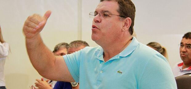 Secretário Paulo Pedra.