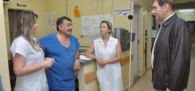 Prefeito Alcides Bernal visita UPAs e obras  na Capital