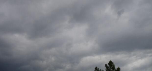 Previsão do tempo aponta chuva durante o dia neste domingo