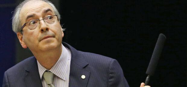 """Petistas """"estudam"""" amenizar votação contra Cunha para fugir de impeachment"""
