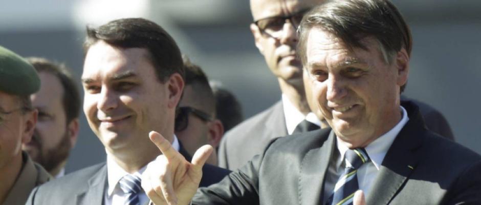 Os 13 parentes de Bolsonaro nomeados nos gabinetes da família