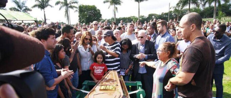 Filho da deputada Flordelis é preso após enterro do pai
