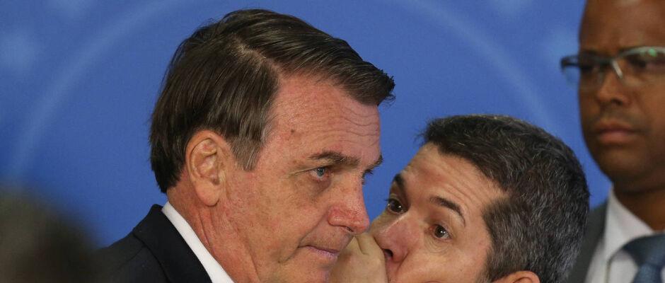 Bolsonaro encontra presidentes do Centrão e PSD após crise no PSL