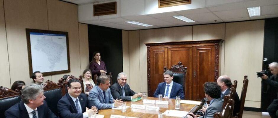 Licitação de R$ 120 milhões às obras da Rota Bioceânica sai esse ano, diz ministro