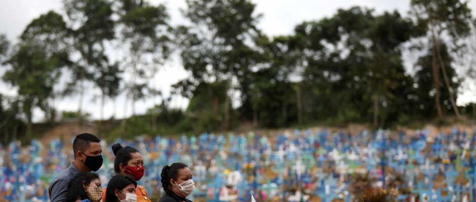 30 mil brasileiros mortos pelo coronavírus; OMS diz que o pior está por vir
