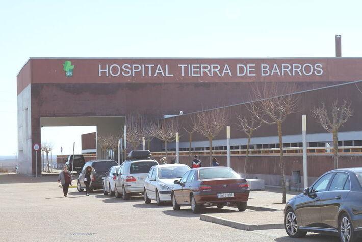 Hospital de Tierra de Barros, onde a vítima de 47 anos com vírus morreu após oito dias