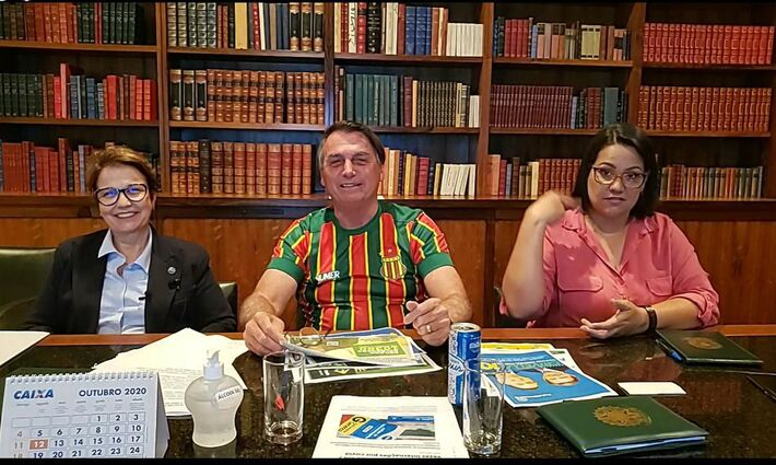 O presidente Jair Bolsonaro e Tereza Cristina