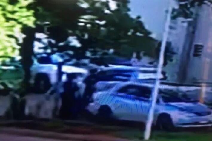 As imagens mostram que não houve resgate da brasileira condenada no Paraguai.