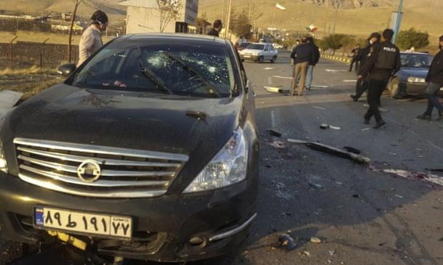 A cena do ataque ao cientista nuclear Mohsen Fakhrizadeh perto da capital iraniana, Teerã, na sexta-feira