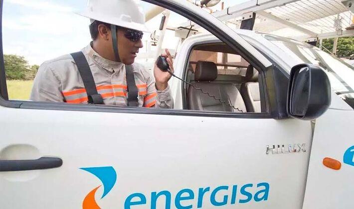 Funcionário da empresa de fornecimento de energia de MS