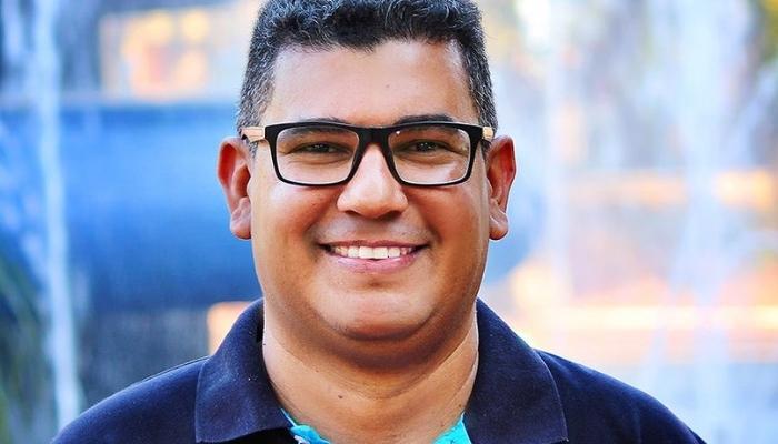 Esse é o Professor Douglas, candidato a vereador em Campo Grande (MS)