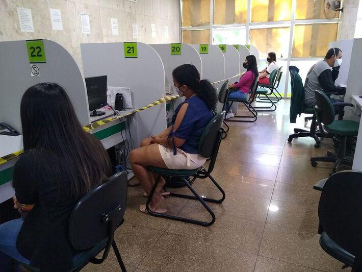 Funtrab destaca 25 oportunidades para candidatos sem experiência