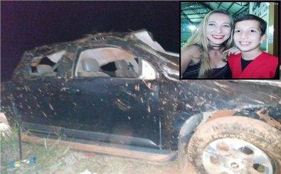 Veículo ficou destruído, mãe e filho perderam as vidas no acidente