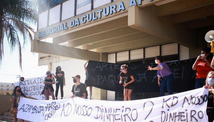 """Presidente da FCMS diz que modalidade """"prêmio"""" não cabe aditivos e que não contemplados entram em recurso retornado dos municípios"""