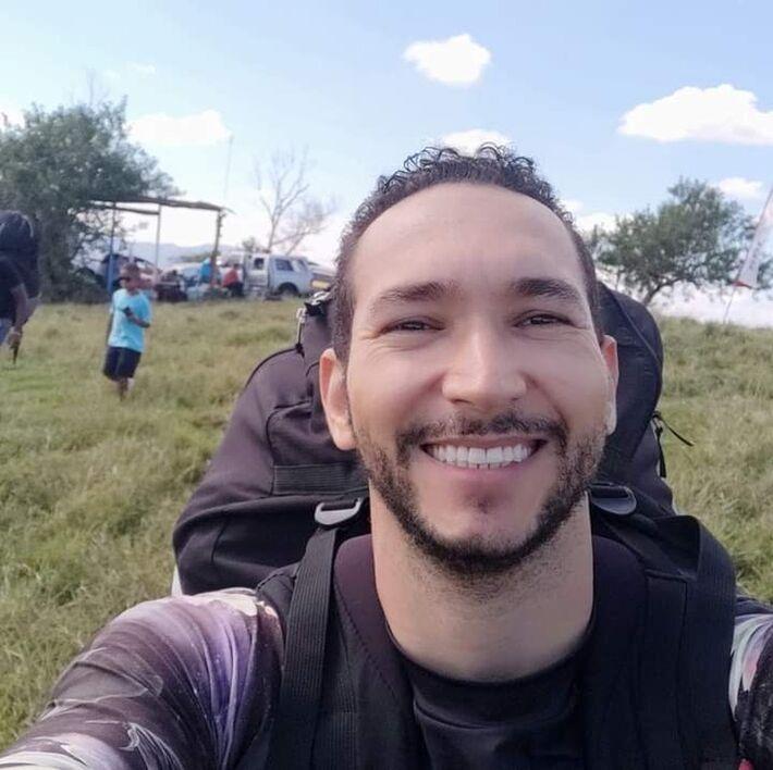 Wanderley Nilo Barata, 39 anos, morreu após cair de um parapente em Alfredo Chaves