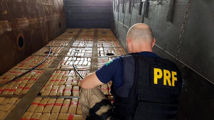 Apreensão de cargas de drogas, um dos trabalhos de um PRF