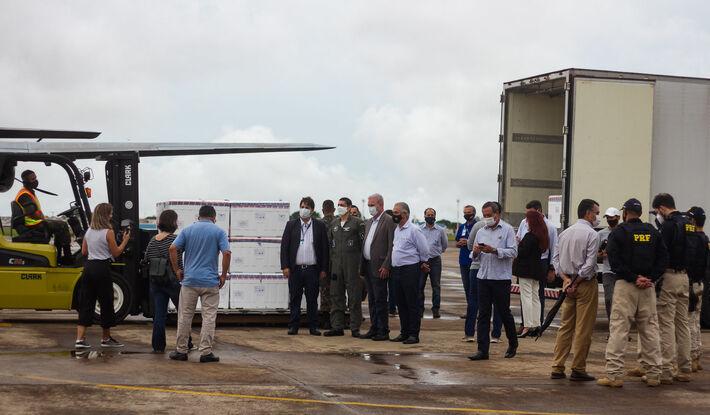 Um total de 158.760 doses da Coronavac chegou ontem (18.jan) à Capital, para distribuição em todo Mato Grosso do Sul