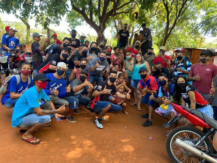 Famílias beneficiadas com 14 cesntas entregues em na Comunidade da Lagoa na Capital
